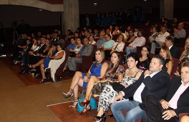 Representantes de la comunidad itálica presentes en el acto. // Foto: Alejandro Arias